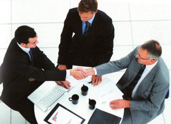 7 reglas para negociar en ventas. Consejos estratégicos