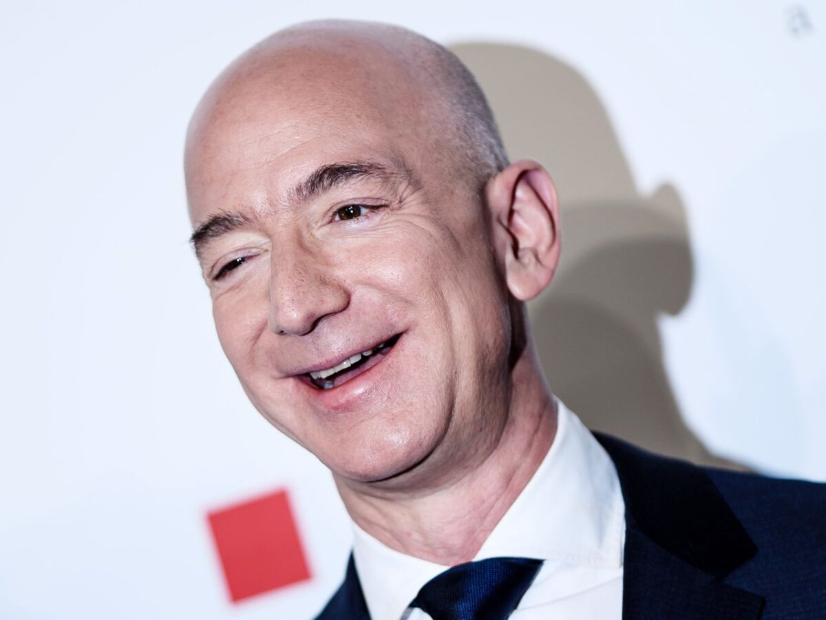 La carcajada de Jeff Bezos